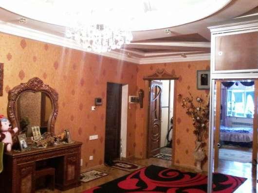 3-х комнатная с газом и купчий м. К. Караева