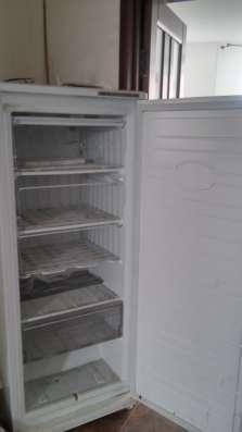 Продам морозильник