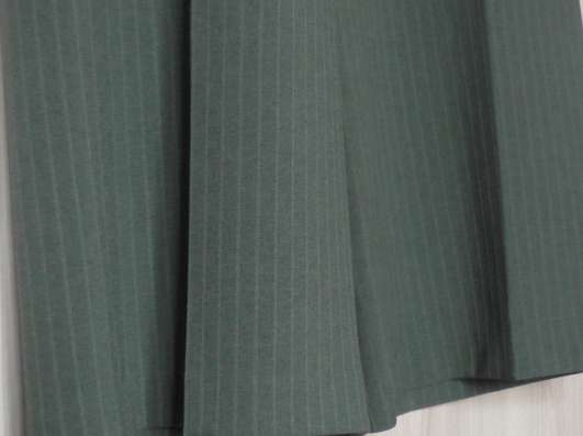 Костюм жакет-брюки, р-р 46, Италия