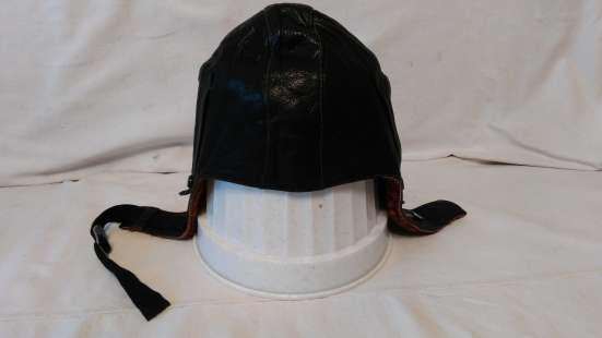 Летный кожаный шлем