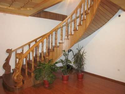 Деревянные лестницы на второй этаж stairways