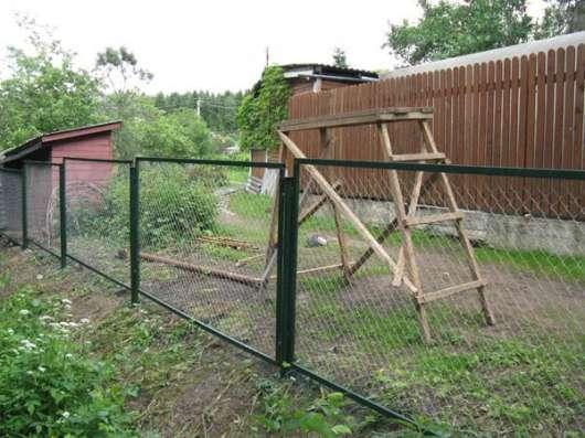 Заборные секции из сетки или прутьев