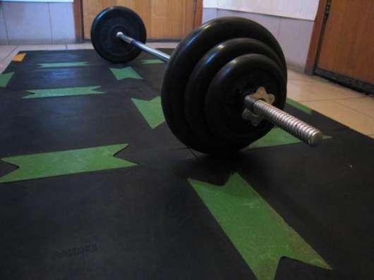 Прочный помост для залов тяжелой атлетики