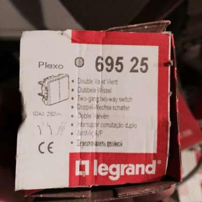 Розетки, выключатели Legrand